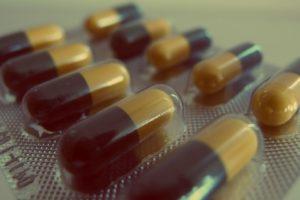 Herpesz ellen Amino lizin kapszula és propolisz cseppek